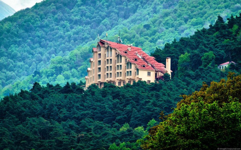 Гостиница в горах Ингушетии