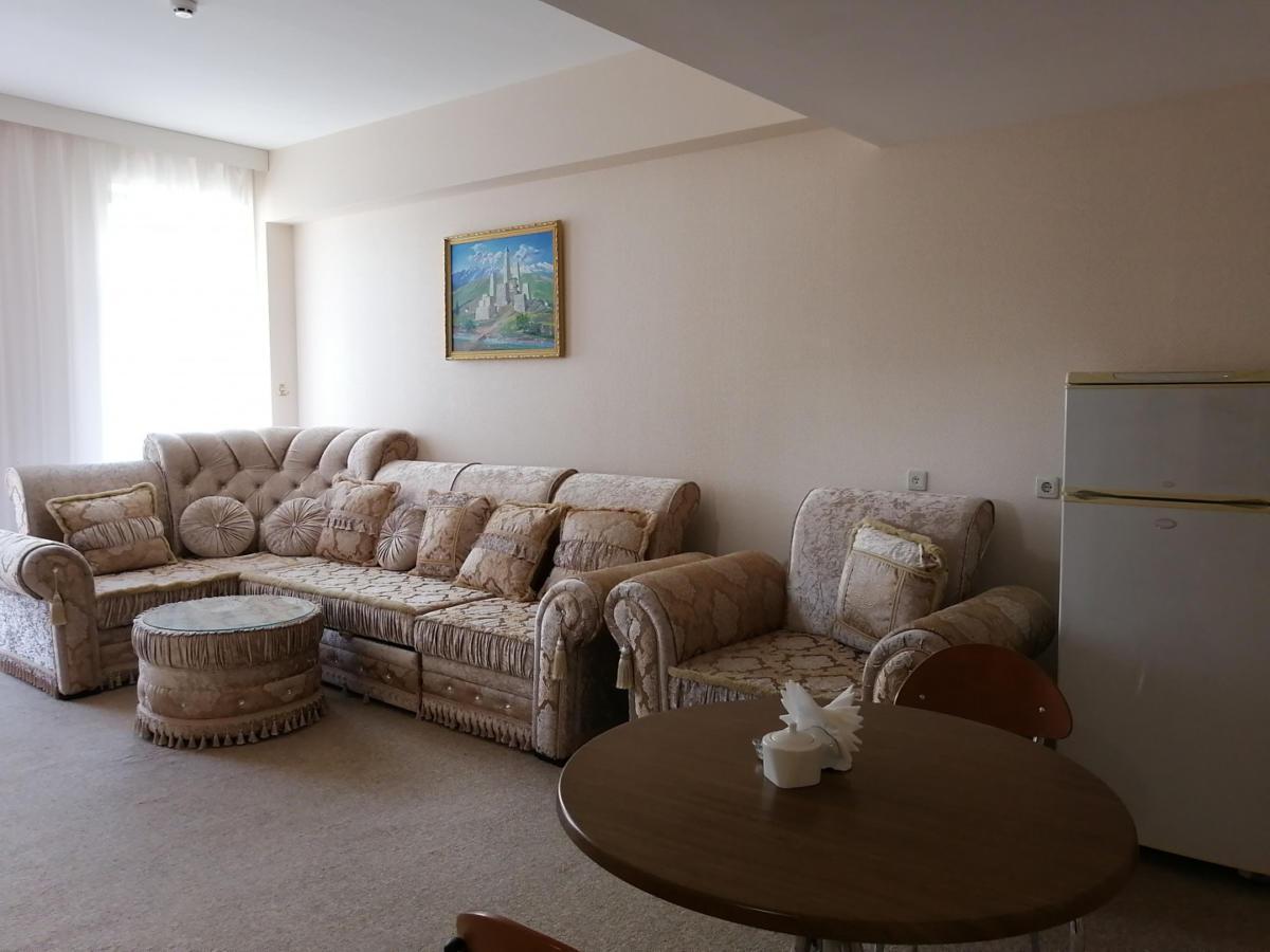 2prezidentskie-apartamenty-images-width-1440