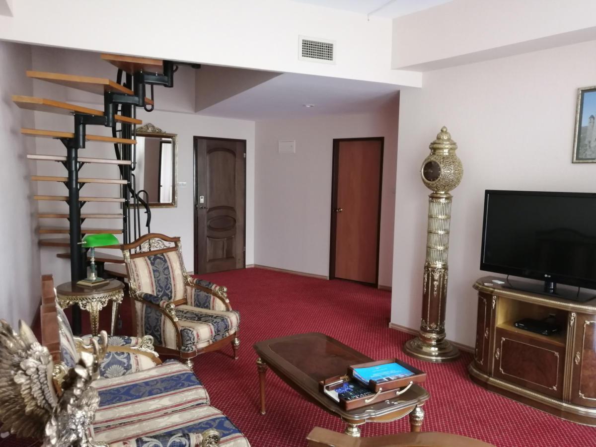 8prezidentskie-apartamenty-images-width-1440