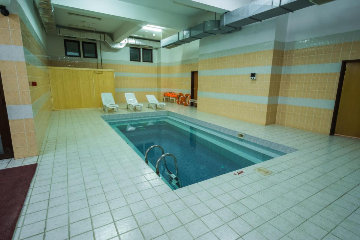 sauna-s-mini-basseinom-images-width-1440